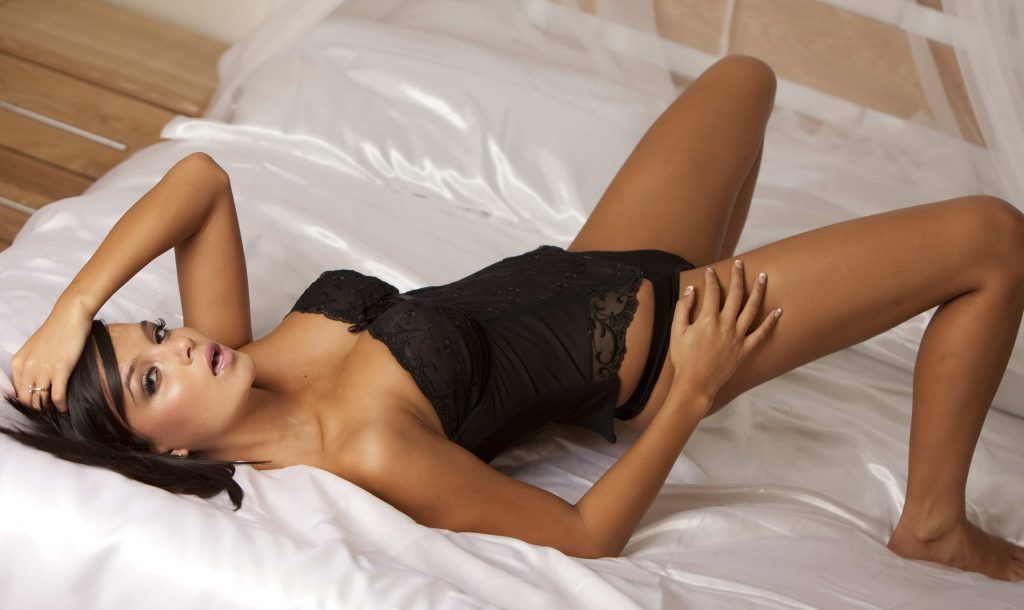 London escorts - Gorgeous Colombian Girl